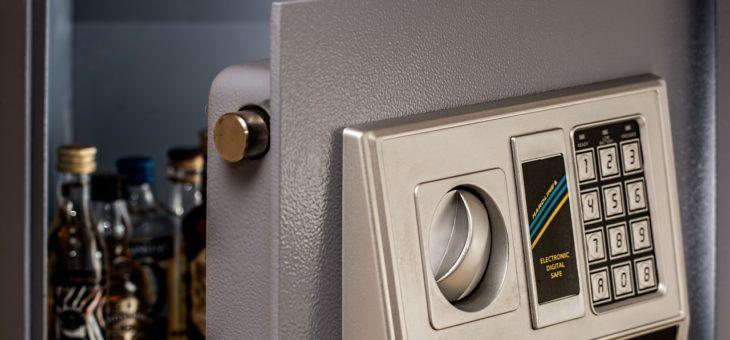 Sejf hotelowy – dbaj o bezpieczeństwo gości